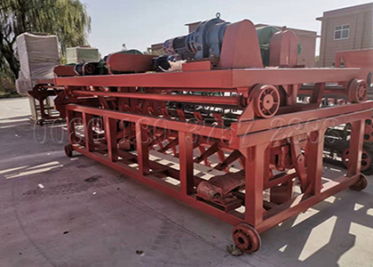 Trench type compost turner machine for horse manure composting
