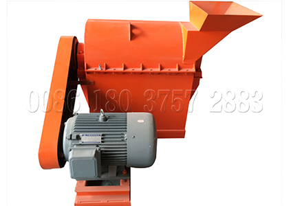 Semi-wet poultry manure pulverizing machine for small production line