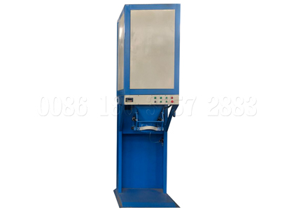Single bucket manure packing machine