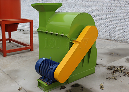 manure machine for pulveirzing organic compost